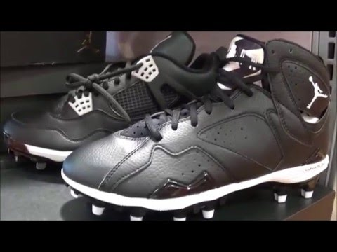 d17c9b9ec3ff Air Jordan 4   7 Baseball Cleat Review - YouTube