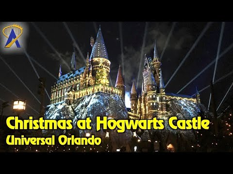 "4K ""The Magic of Christmas at Hogwarts Castle"" projection show at Universal Orlando"