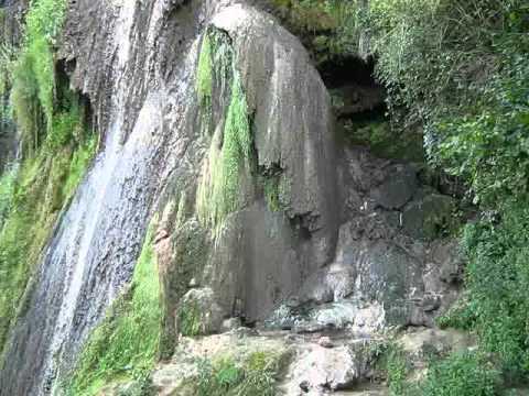 GEOAGIU-BAI :Cascada(3 ipostaze),Cheile