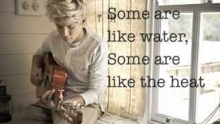 Forever Young (lyrics) - One Direction Mp3