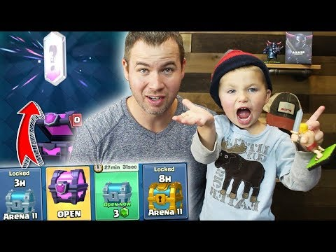 LUCKY SON Unlocks Legendary in FREE Magical Chest - Clash Royale