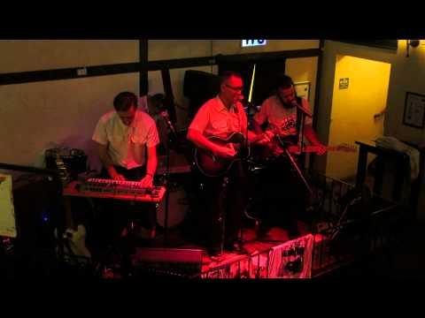 Panssarijuna - Maailman rikkain nalle (live)