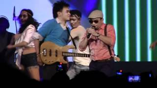 Tompi & Barry Likumahuwa - Move Like Jagger @ Urban Jazz Crossover 2012 in Bandung [HD]