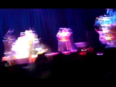 fiji concert 2011 @ emerald queens casino - tacoma