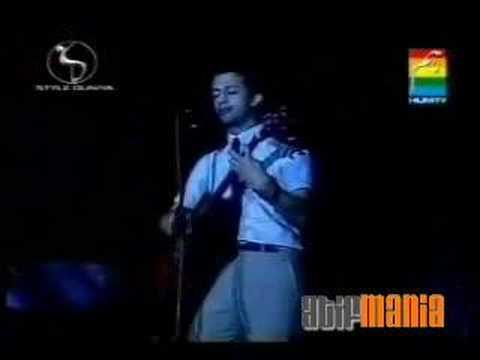Aadat [ Acustic Live ] By Atif Aslam
