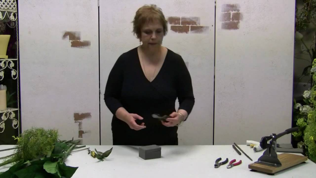 Designing With Silk Flowers How To Cut Silk Stems For Floral