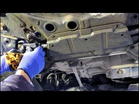 Замена втулок и стоек переднего стабилизатора  Тойота Королла 2008 1,6  Toyota Corolla