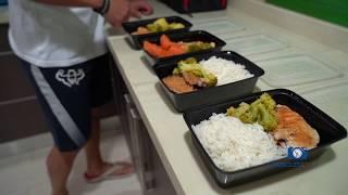 تعلم شلون اجهز وجباتك الصحيه مثل البطل عبدالله الصراف