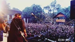 Hio - Iwan Fals Dan Band  ( Bass Cam )