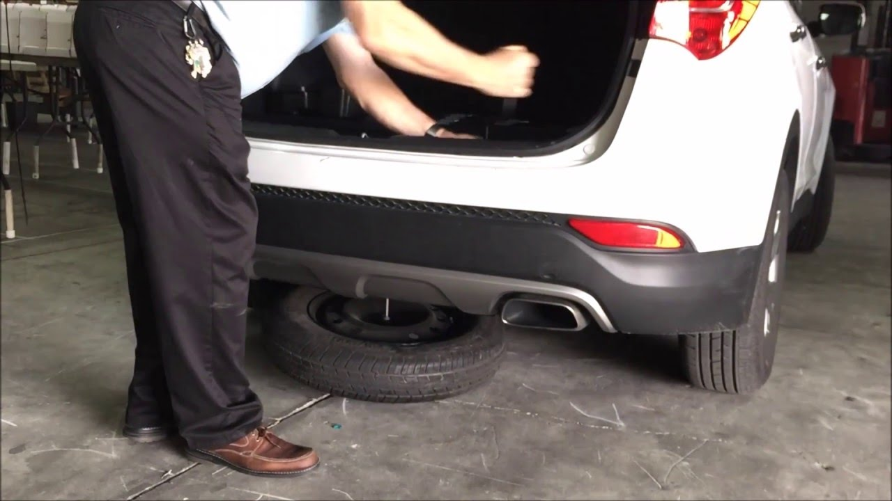 How To Remove Spare Tire Hyundai Santa Fe Youtube