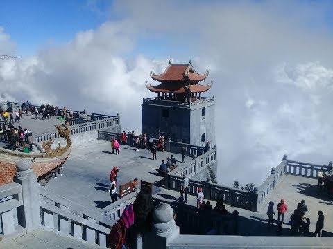 Đi cáp treo Sapa cảnh đẹp tuyệt vời và sự sợ hãi trên độ cao 1000m