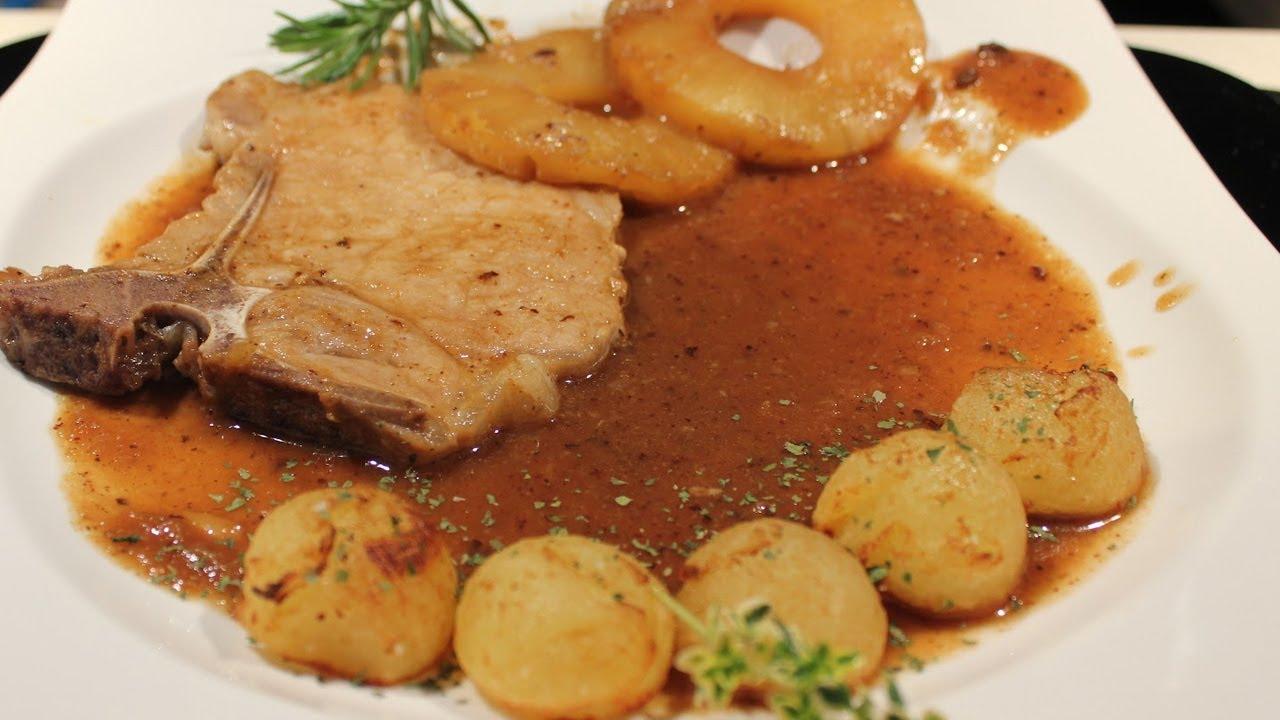 Receta para preparar chuletas de cerdo con salsa de pi a for Solomillo al horno facil y rapido