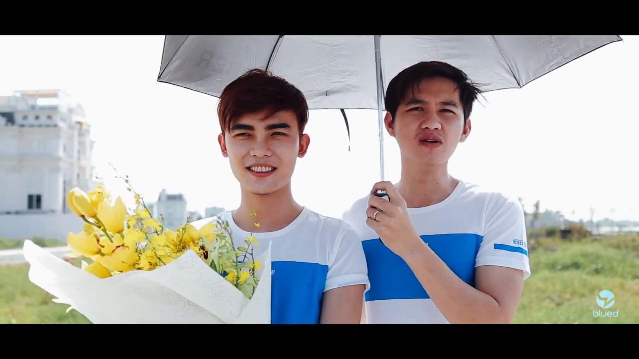 Chàng trai Việt cầu hôn bạn trai
