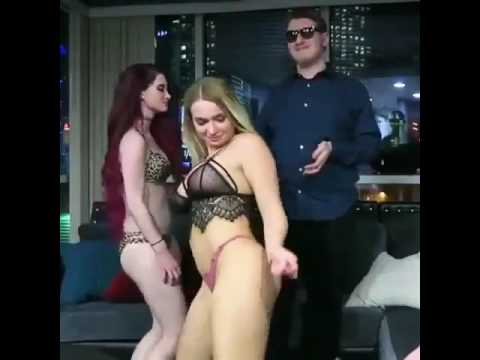 naked girls getting laid