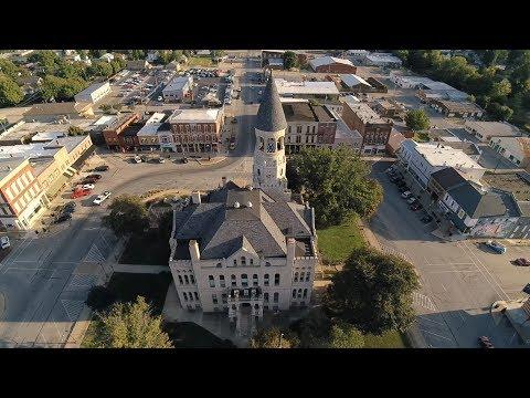 Drone Flight Over Salem Indiana   4k