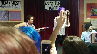 """waterparks """"blonde"""" acoustic at cactus music in houston"""