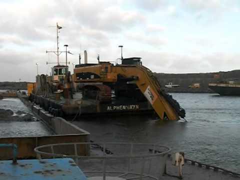 CAT 385CLR dredging II
