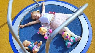 Куклы ИГРАЮТ НА ПЛОЩАДКЕ КУКЛА катя и Эльвира Плачущие куклы  Игры Для Детей BABY BORN КАТЯ КАК МАМА