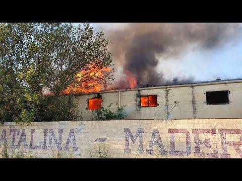 Incendio junto a los cacharritos de la Feria de Jerez