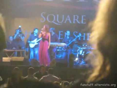 Nancy Ajram - Ebn El Geran LIVE 2010