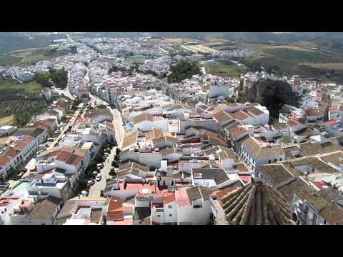 Climb to the top of Olvera's Castle (Castillo Arabe)