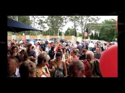 Carlo's IGA Horsley Park in Australia nel NSW