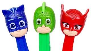 ⚡ PJ MASKS ⚡ Jugamos con los muñecos de PJ Masks de caramelos PEZ | Videos en español para niños