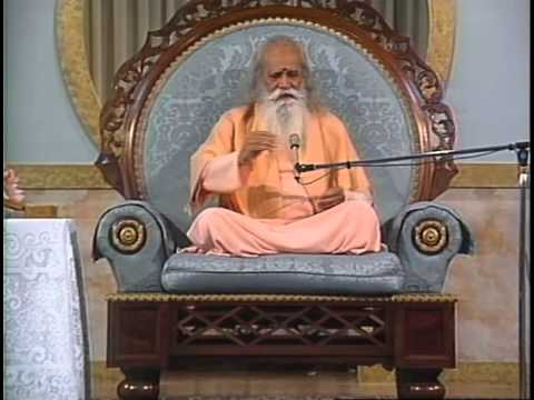 """How to Deepen Your Meditation"" - A Talk by Swami Satchidananda (Integral Yoga)"