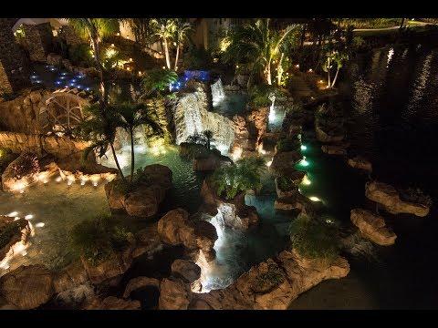 Loews Sapphire Falls Resort, Orlando, Florida, USA - Crystal Fountains