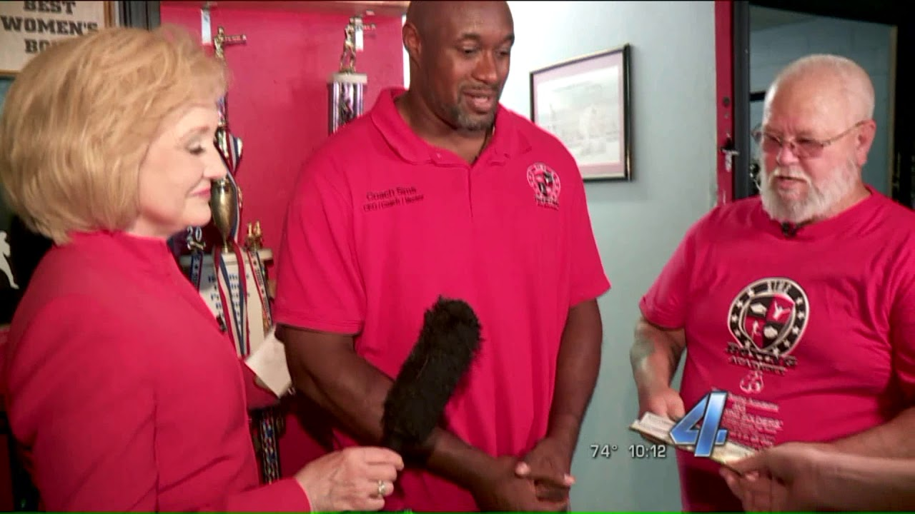 Pay It 4ward Oklahoma City Boxing Coach Praised For Changing The Lives Of Many