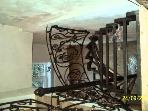Ковані перила на сходи на вулицю фото