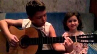 Дети и гитара 2(Это видео загружено с телефона Android., 2011-10-14T16:03:05.000Z)