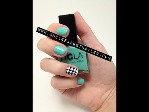 Houndstooth Print Nails