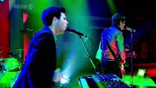 Keane - Spiralling  Live at Jonathan Ross Show HD