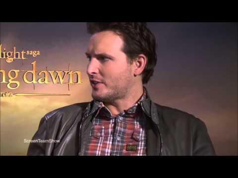 Peter Facinelli and Liz Reaser Breaking Dawn Part 2 Interview!