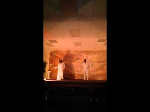 withholding-nothing-medley-couple-praise-dance