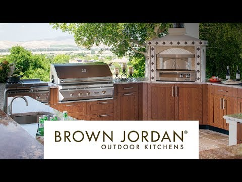 Brown Jordan Outdoor Kitchens Merge Style with Durability