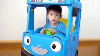Xavi Assembling TAYO bus roof car ride on