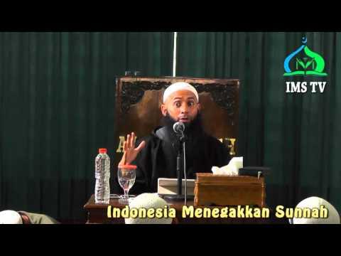 Dosakah Sang Istri Minta Cerai Jika Suami Enggan Sholat - Ust.DR Syafik Riza Basalamah MA