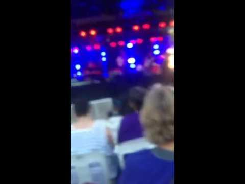TH - Darwin Hidden Valley concert supporting John Farnham