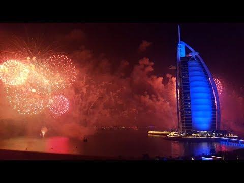 إحتفالات رأس السنه 2019 في برج العرب | أجمل الألعاب الناريه والاحتفالات في دبي – Burj Al Arab