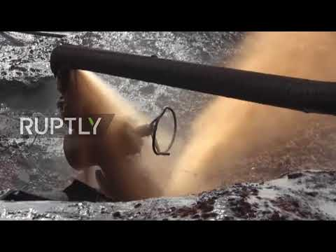 Syria: Oil spills from pipeline after SAA retake Al-Taym field from IS *EXCLUSIVE*