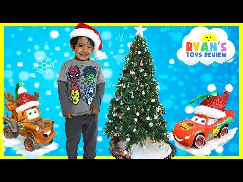 CHRISTMAS TRAIN FOR CHILDREN Decorate the Tree Disney Cars McQueen Surprise Egg Frozen Toys