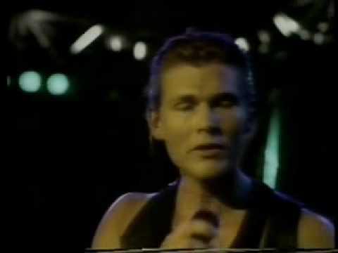 a-ha Scoundrel days live in Rio 1991.wmv mp3