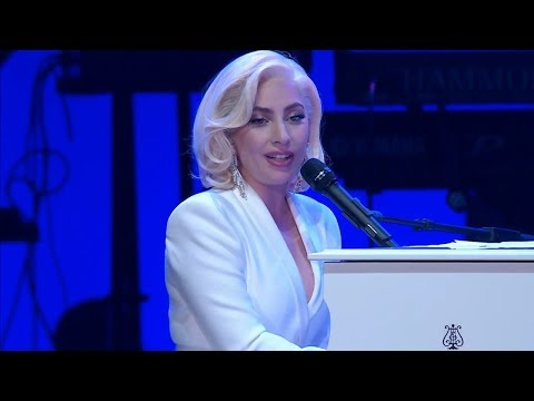 Lady Gaga - Million Reasons (Live at Texas A&M)