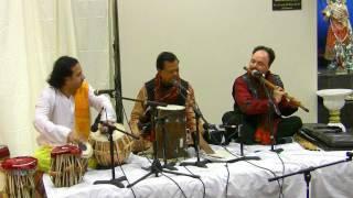 Radhike tune bansari bajaayee - Pt Dave Chakraborti