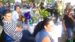 Migrantes de Oxnard Ca. Reciben a Mineros de Plata al más puro estilo mexicano