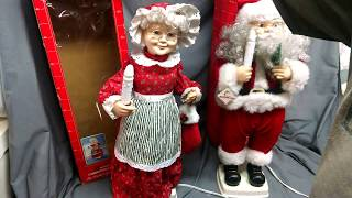 "Vintage 1996 Elco 24"" Santa Mrs. Claus Animated Illuminated Christmas Figures"