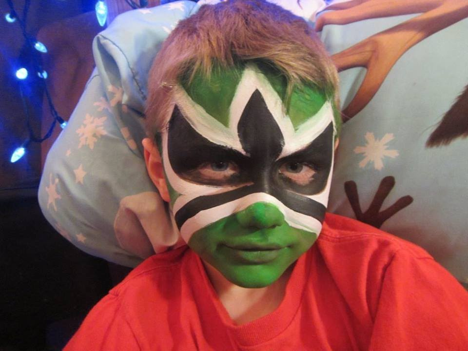 GREEN POWER RANGER! Facepainting by Snowqueen