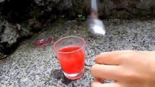 Volcan de bicarbonate et de vinaigre